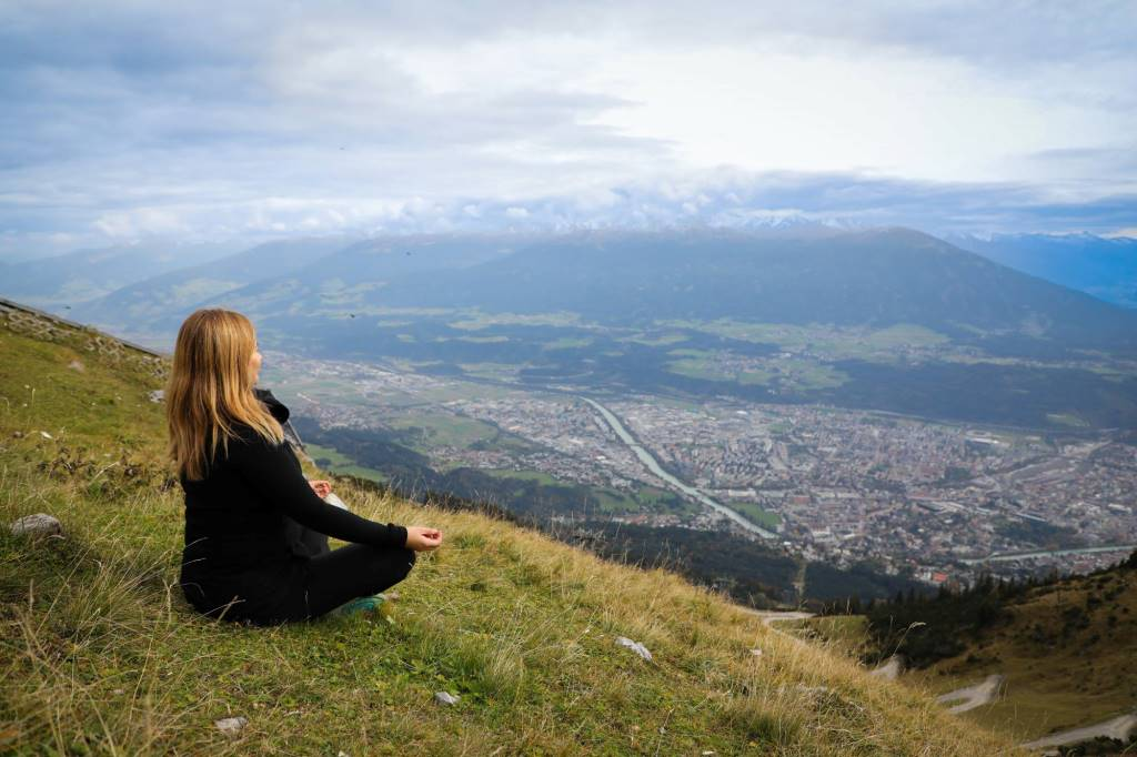Yoga Summit Innsbruck: Be Love, Dream Big, Give Back, Meditate